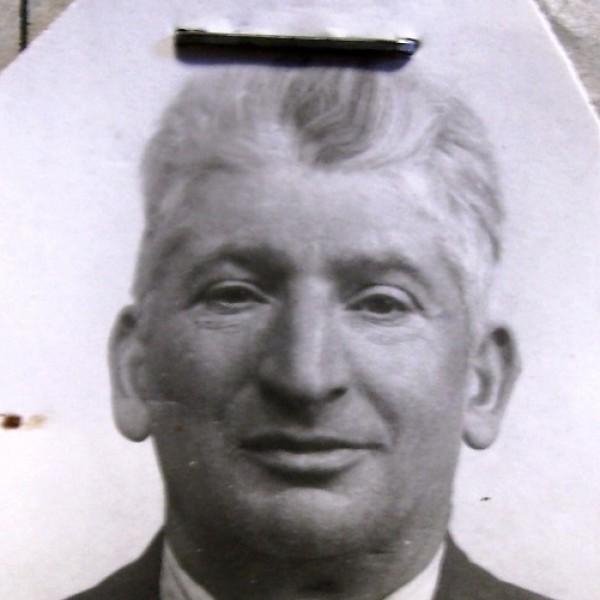 El comerciante judío Zacharias Lederberger pasó varios meses en la Prisión de Figueras tras haber cruzado a pie los Pirineos sólo porque le faltaba una firma en uno de los documentos.