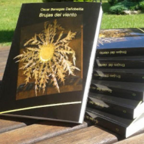 Ejeplares en papael de Brujas del viento de Oskar Benegas