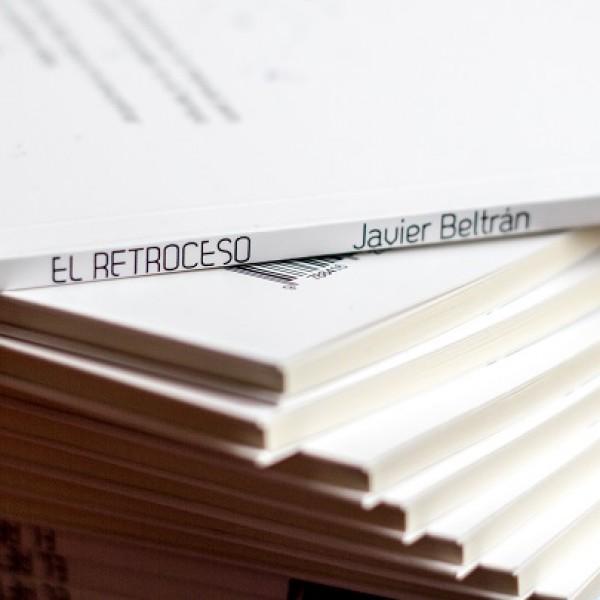 Lomo de la Edición impresa de El Retroceso