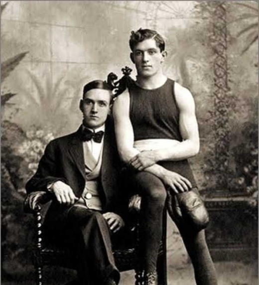 Victorian Gentlemen in Love. Ejemplo de retrato de la época.