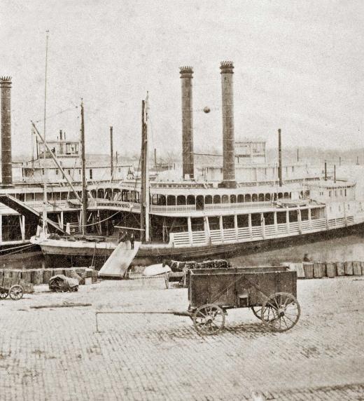 Steamboats, o vaixells a vapor, surcant el riu Mississipí a Vicksburg en el segle XIX
