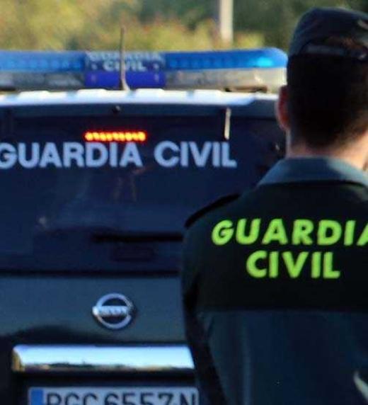 La Guardia Civil busca a los autores del secuestro de un conocido político corrupto.