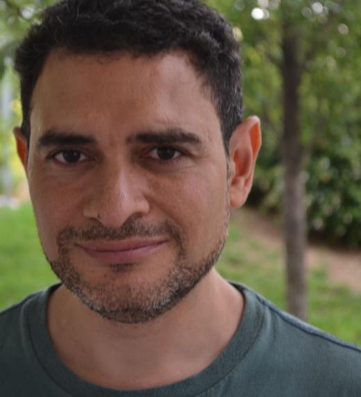 Foto del autor/a Óscar Arturo Hernández Mañas