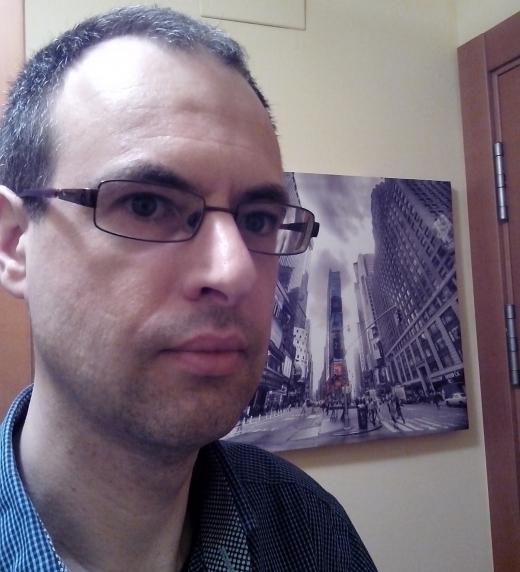 Foto del autor/a Raúl Pérez Lumbiarres