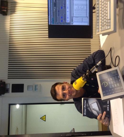 Entrevista de radio para la presentación del libro Último Destino.