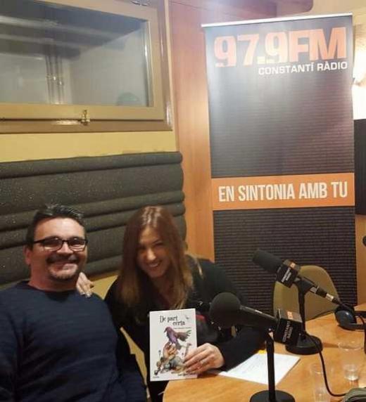 Presentació de -De part Certa- al programa literari de la Isabel Ribera, Arran de vers a frec de llavi de Constantí Ràdio.