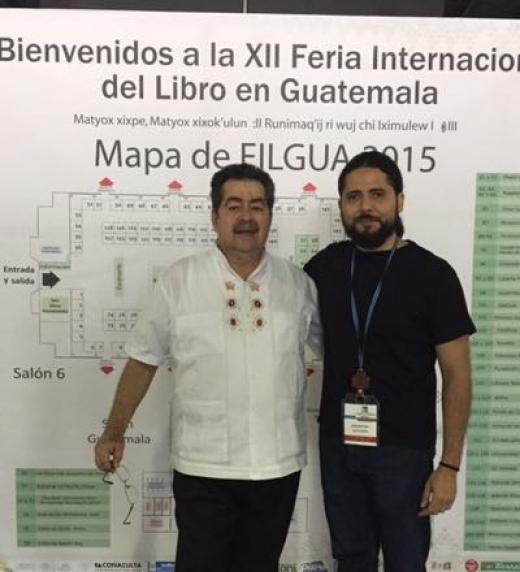 Autor e Ilustrador participando en Feria FILGUA