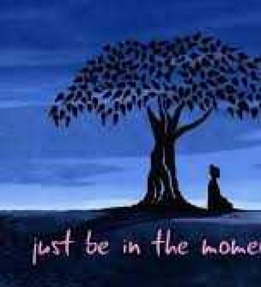 budda meditando bajo el arbol donde obtuvo la iluminación