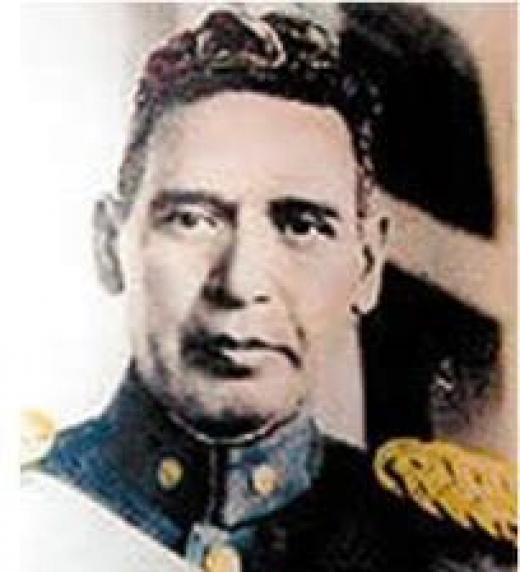 1932 / 1944 Unico presidente que gobernó sin injerencia extranjera El Salvador.