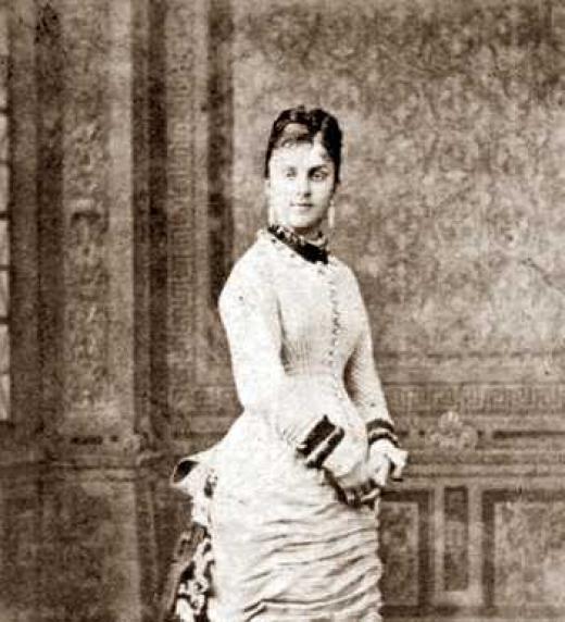 Mercedes de Orleans 1877, fotografía salida del estudio Fotografía Francesa S.A. de Sevilla.