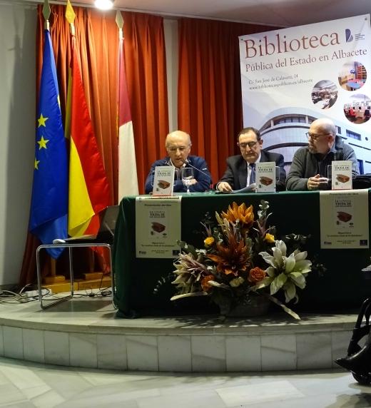 Presentación de la novela con Manuel Cebrian y Ricardo Espín