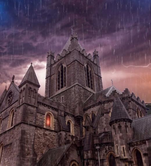 Hay casas, mansiones y castillos en las que habitan almas desesperadas.