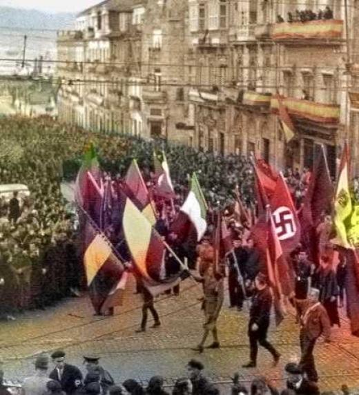 desfile franquista con sus aliados italianos y alemanes