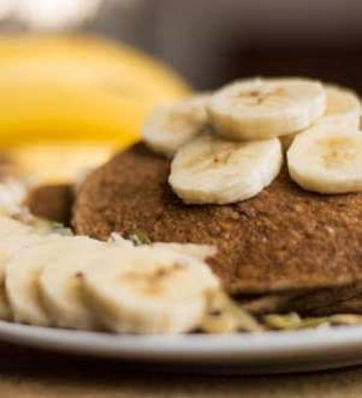 Fotografia de Hotcakes de avena, receta que aparece en el libro