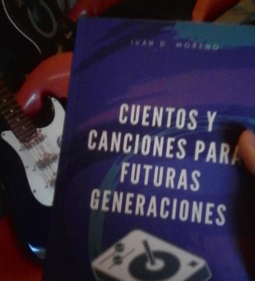 """Fotografía libro """"Cuentos y Canciones Para Futuras Generaciones"""""""