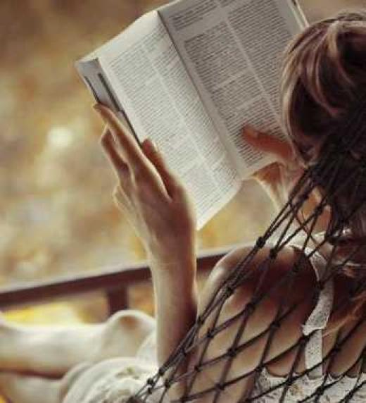 Un libro que por casualidad llega a tus manos y una vez entra en sus paginas te vas adentrando en un mundo que te resulta demasiado conocido. Un libro que parece estar narrando tu propia historia