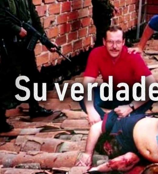 Se han dicho muchas versiones de la muerte de Pablo Escobar, el narcotraficante más sanguinario de la historia. Lo cierto es que desde su muerte Colombia respiró paz y los atentamos que la azotaron no se volvieron a vivir.