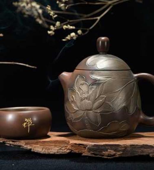 Juego de té japonés. Japón y su cultura forman parte de las vidas de Daniel e Ilya.