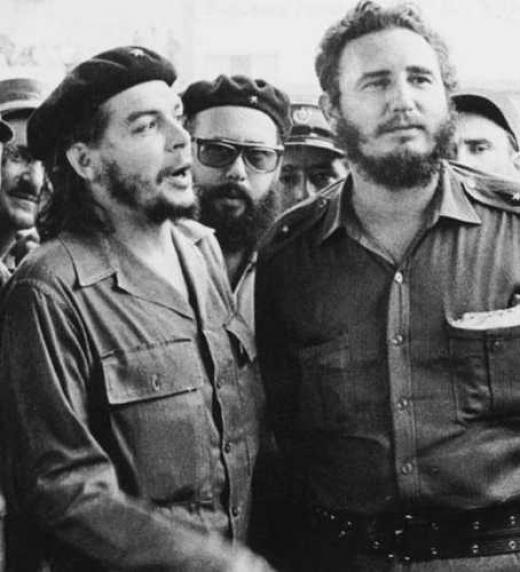 Fidel Castro junto a Ernesto Che Guevara