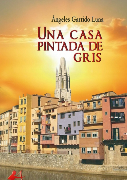 Una casa pintada de gris por Ángeles Garrido Luna