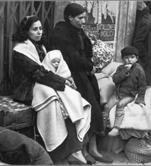 Familia española durante la posguerra