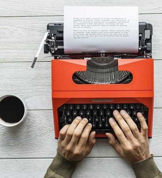 Un importante editor le pide que escriba un libro para presentar en un concurso