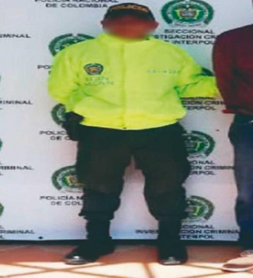 El inspector de policía Héctor Suescún deberá buscar las pistas que lo lleven al asesino