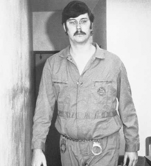 """Edmund Kemper, asesino serial estadounidense conocido como """"El asesino de las colegialas"""", era un hombre muy culto y racional."""