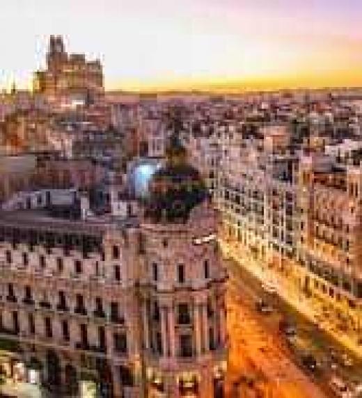 El pacto de dos amigos, un mosso de squadra y otros personajes, los llevará de viaje por los caminos de Barcelona a Madrid.