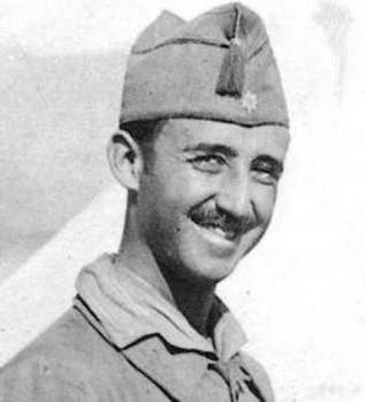 La infancia de Franco estuvo marcada por el maltrato; nació en un hogar infeliz.