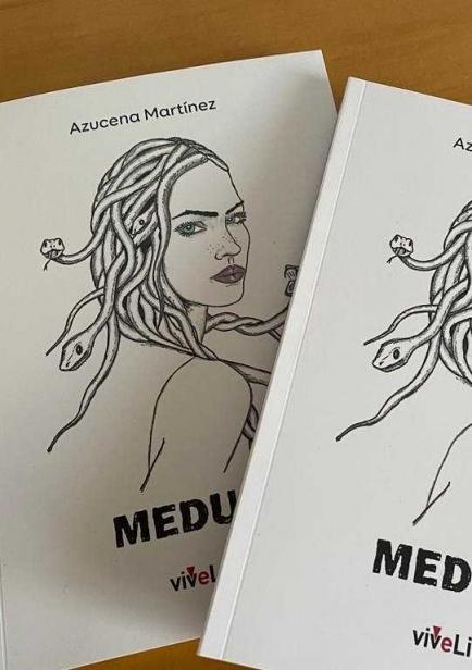 MEDUSA por AZUCENA MARTINEZ