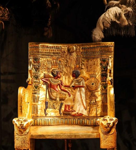Trono de Tutankhamon y su esposa