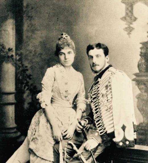 La infanta Eulalia de Borbón y el infante Antonio de Orleans, hijo del duque de Montpensier.