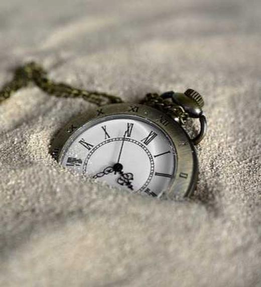 Mr. X. El libro del tiempo, de Israel Reyes. Editorial Adarve, 2020