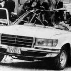 Foto del auto que doce horas antes condujera al autor de Los guerreros de la libertad y a Roberto d´Aubuisson, la noche del 16 de septiembre al aeropuerto